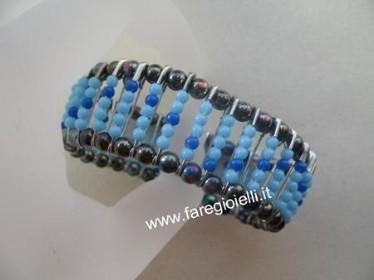 braccialetto con spille da balia