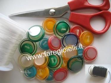 come-fare-braccialetti-con-bottoni