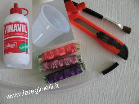 braccialetti-di-plastica-e-fili-di-recupero