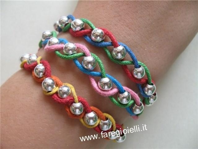 come-fare-braccialetti-intrecciati-con-perline