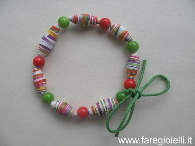 tutorial lavoretti per bambini- braccialetti di carta