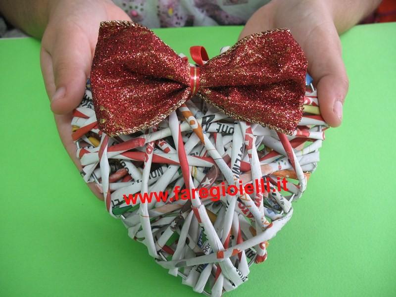 cuore-con-cannucce-carta-6