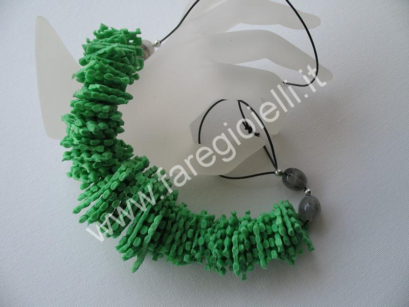 collana-di-materiale-riciclato-a3