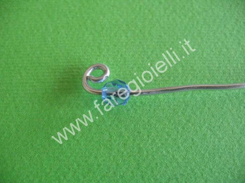 tutorial orecchini con fili metallici-5