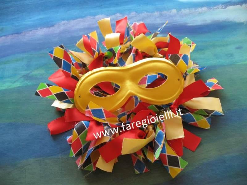 Come Fare Una Ghirlanda Di Stoffa Per Carnevale
