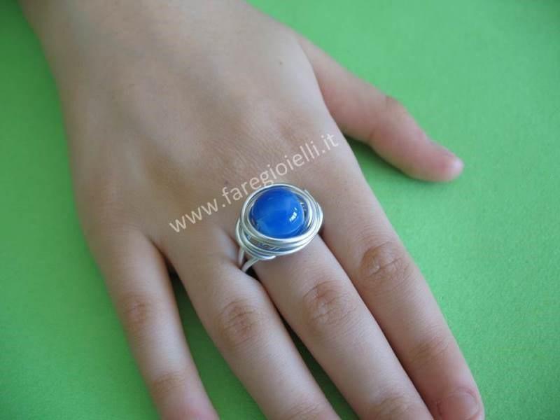 Come realizzare anelli fai da te con filo e perle for Piega lamiera fai da te