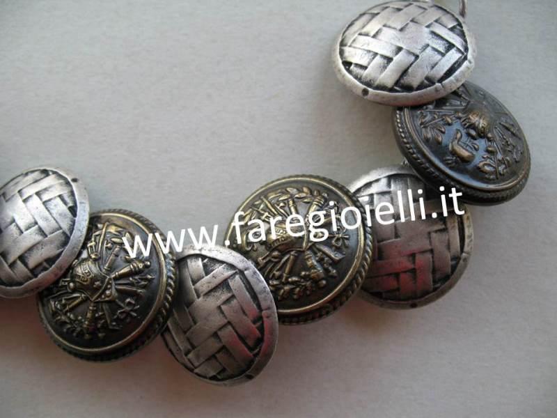 bracciali-fai-da-te-con-bottoni-17912