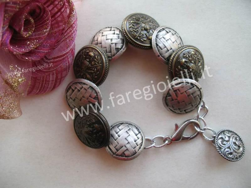 bracciali-fai-da-te-con-bottoni-17916