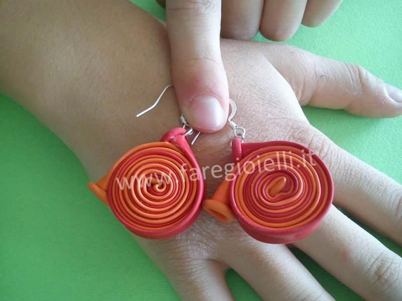 orecchini-fai-da-te-con-palloncini-10